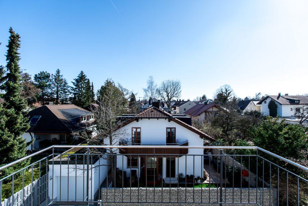 Mehrfamilienhaus München Trudering Ausblick von Balkon